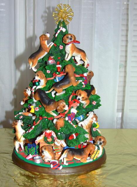 A beagle lover's Christmas.